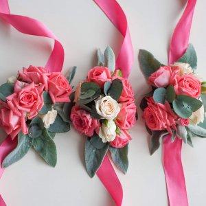 """Браслеты кораллового цвета для подружек невесты. """"Pion Bouton"""" - Киев."""