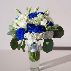 """Бело-синий букет невесты в стакане. """"Pion Bouton"""" - Киев."""