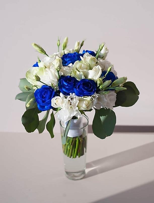 Бело-синий букет невесты, фото