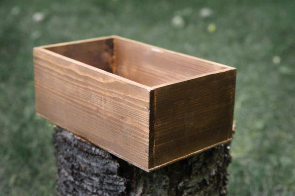 """Пустой маленький деревянный ящик для цветочной композиции. """"Pion Bouton"""" - Киев."""