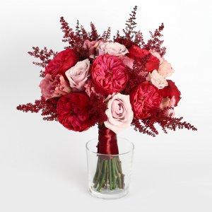"""Букет невесты цвета марсала из роз, астильбы и эустомы. """"Pion Bouton"""" - Киев."""