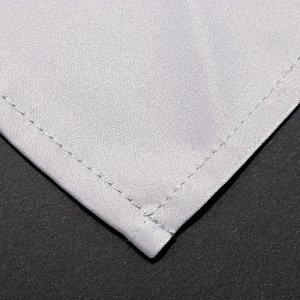 Уголок текстильной салфетки серого цвета