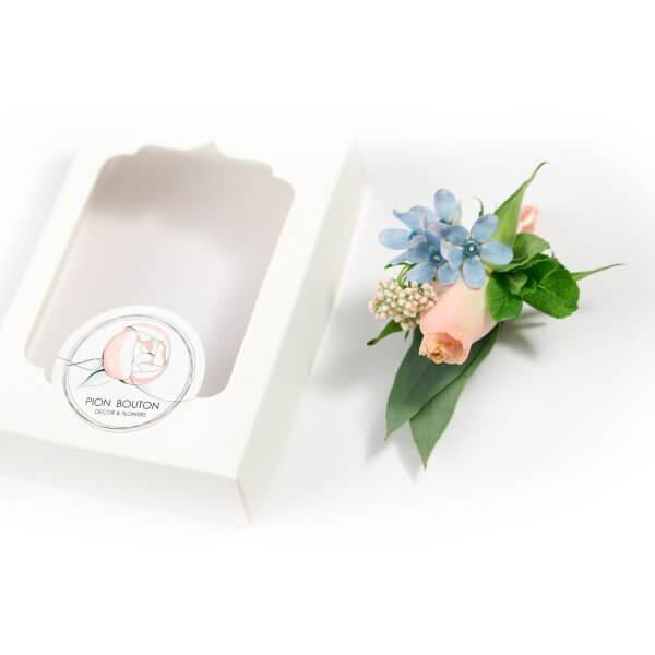 Бутоньерка жениха из бутона розы и мяты с подарочной коробочкой Pion Bouton